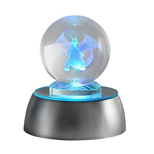 FGen Boule de Cristal Lampe 3D Boule de Cristal 3D Pokemon Télécommande LED Boule de Verre Lampe avec Pied de Bois pour Noël, Anniversaire, Enfants, Cadeau de Décoration de Bureau à Domicile