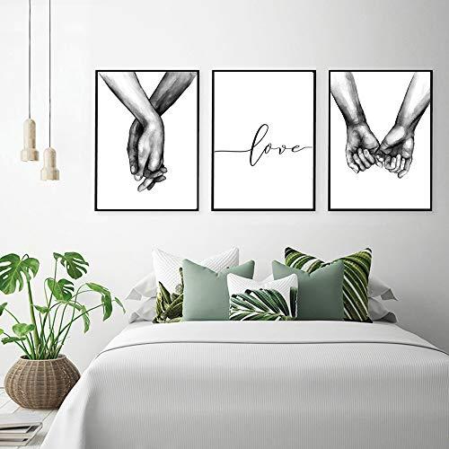 Nordic Ideas Set de 3 Affiches Noir et Blanc Tenant par la Main...